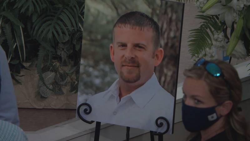 Loved ones gathered to say their final goodbyes to Deputy Bobby Daffin