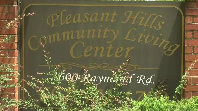 Local nursing homes take issue with employee vaccine mandate