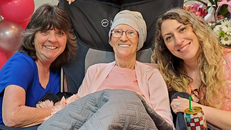 Helene Hicks, who is battling a terminal illness, was surrounded by her friends and loved ones...