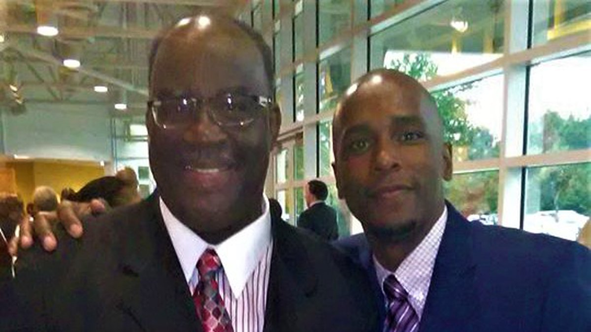 "Alderman Ennit Morris, left, claim Mayor Mario King, right, threatened him with ""bodily harm..."