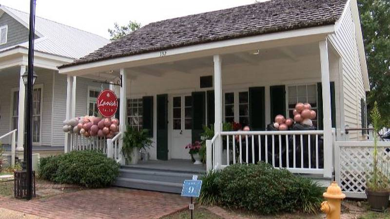 A popular coast beauty shop and salon is getting new digs after being open more than a decade...