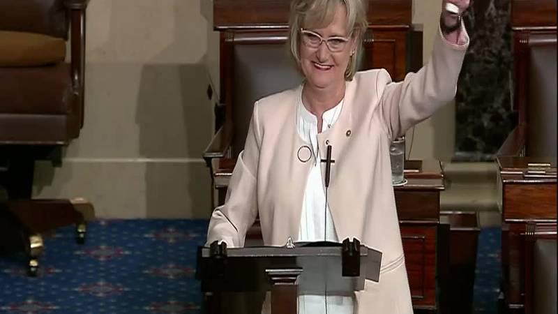Sen. Hyde-Smith honors Mississippi State's National Championship on Senate floor