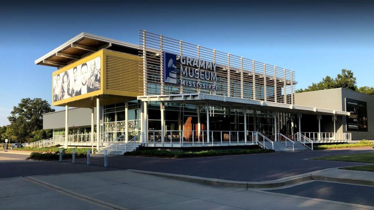 GRAMMY Museum Mississippi exhibit honors iconic MTV music brand