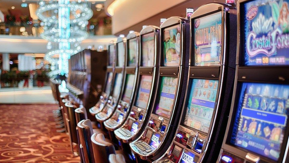 Many Mississippi casinos are now requiring their employees to wear masks as COVID-19 cases...