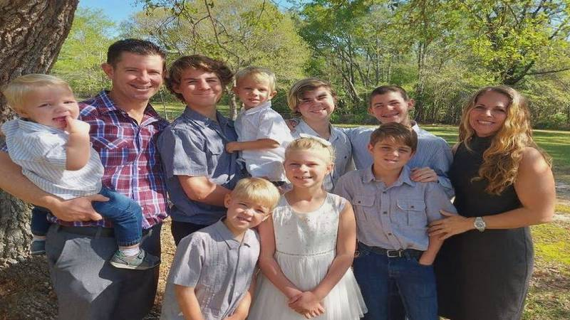 Jon and Teresa Kiehl, along with their eight children, are committed to full-time mission work....