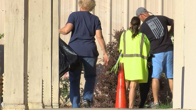 Supervisors and elected officials worked to beautify Gulfport's parks Friday morning.