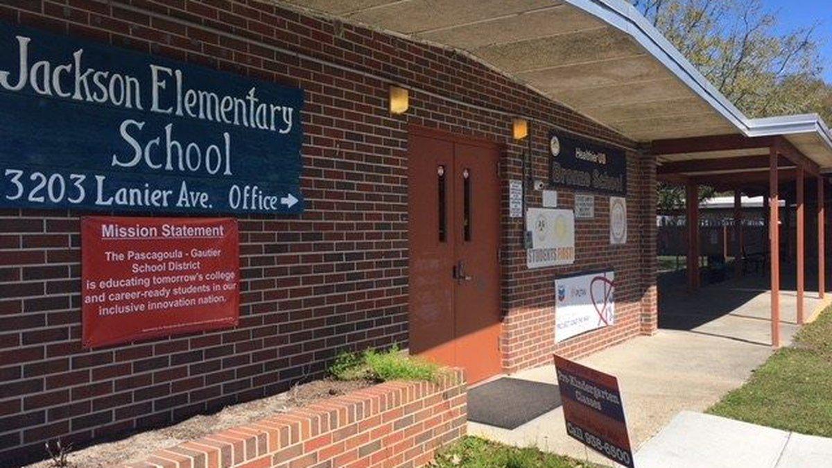 Jackson Elementary School in Pascagoula (Photo source: WLOX)