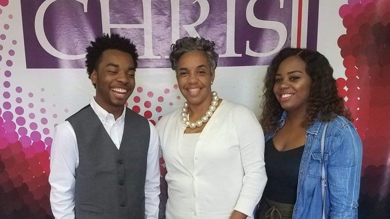 Robert Brent with his mother and sister.
