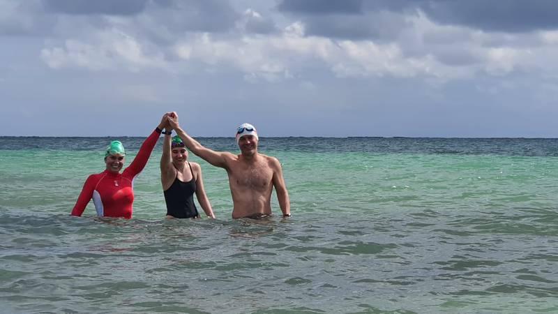 "Prieto family swims crossing ""Mexican English Channel"""