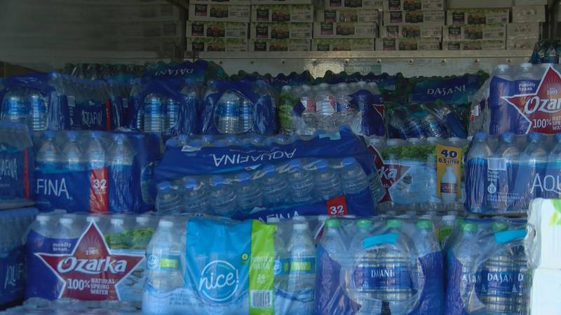 Coast volunteers deliver water to Jackson after the winter storm.