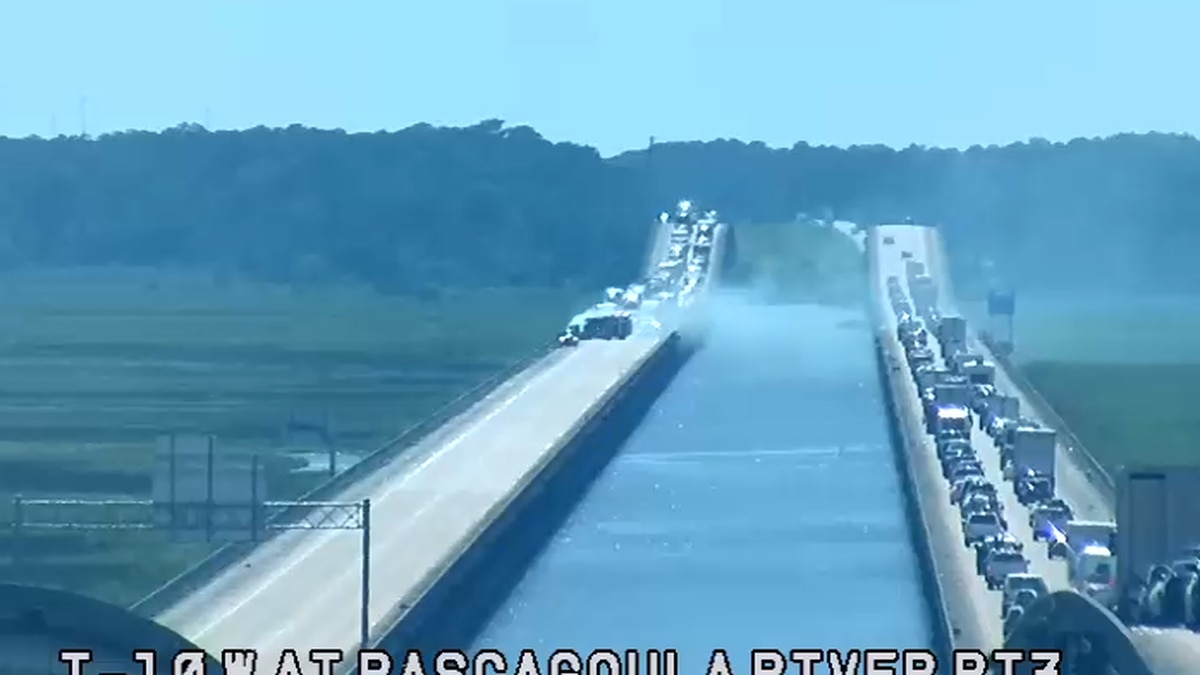 A car fire in Pascagoula is blocking all eastbound lanes of Interstate 10 Monday afternoon.
