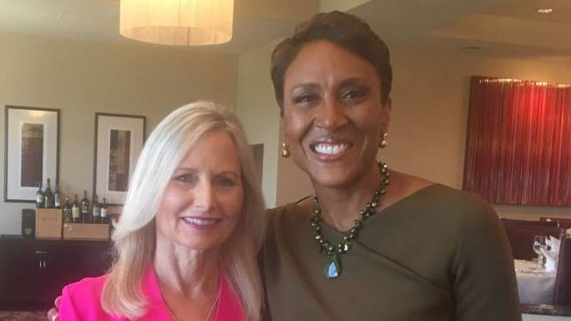 Good Morning America's Robin Roberts, loves coming home to see loved ones South Mississippi.
